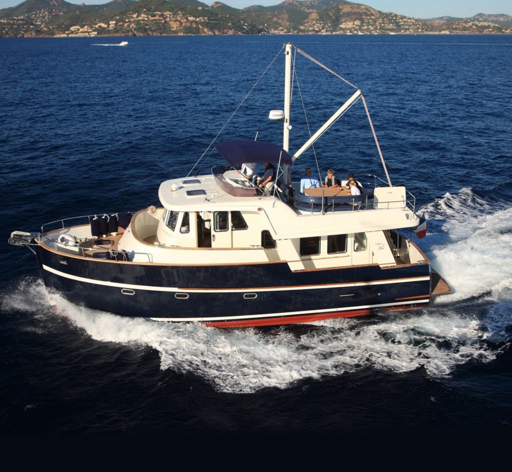 Barco Rhea Trawler 47